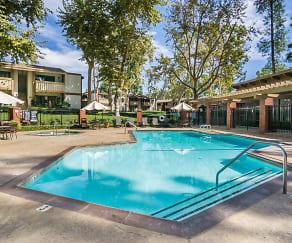Pool, Alicia Village