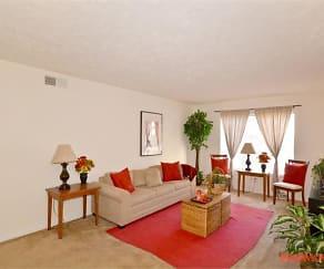 Living Room, Aspen Pointe