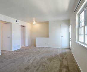 Living Room, Hampshire Terrace Apartments