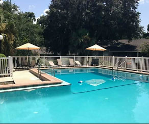 Pool, Forest Hills Apartments