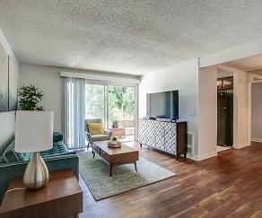 Living Room, El Cordova Fountain Apartments