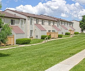 Building, Pennswood Apartments & Townhomes