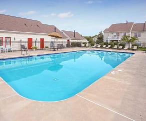 Pool, Larkin Creek Luxury Apartments