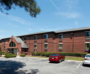 Building, Furnished Studio - Raleigh - Cary - Harrison Ave.