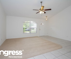 4676 73rd St E, The Meadows, FL