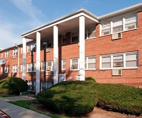 Building, Lynn York Apartments