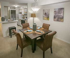 Dining Room, Summer Ridge Apartments