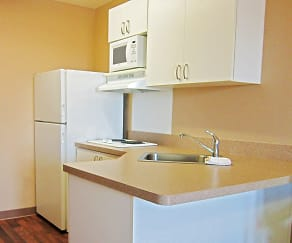 Kitchen, Furnished Studio - Fort Lauderdale - Cypress Creek - Andrews Ave.