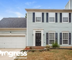 2711 Clarencefield Dr, Sunset Road, Charlotte, NC