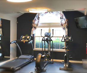 Fitness Weight Room, England Run North
