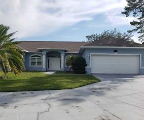 13739 Maritime Ct, Jasmine Estates, FL
