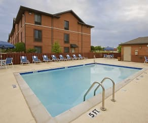 Pool, Furnished Studio - Oklahoma City - Northwest