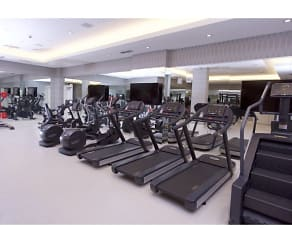 Fitness Weight Room, Brickel West City Rentals