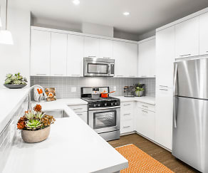 Kitchen, The Colony At The Lakes