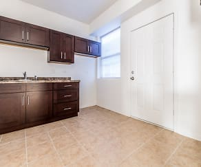 5201 W Washington - Pangea Real Estate