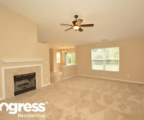8137 Twin River Dr, College Corner, Indianapolis, IN