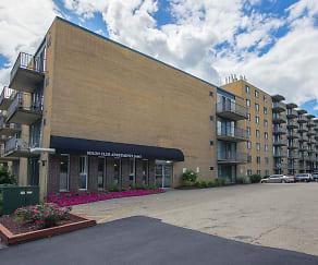 Building, Solon Club Apartments