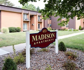 Community Signage, Madison Apartments