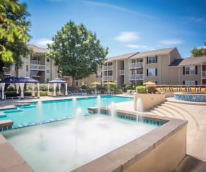 Pool, Chase Arbor