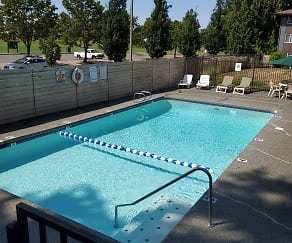 Pool, Parkview