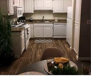 Kitchen, Sunset Pointe