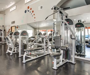 Fitness Weight Room, Stonegate Furnished Apartments