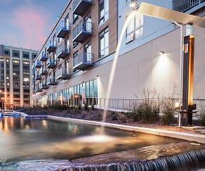 Freshwater Plaza