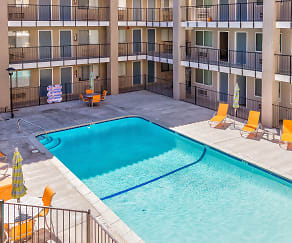 Pool, Trio Apartments