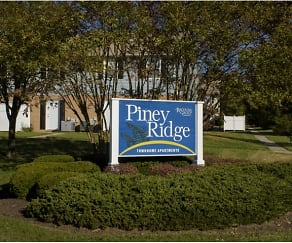 Community Signage, Piney Ridge Townhomes