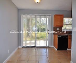 3949 Barmer Dr, Cedar Hills, Jacksonville, FL