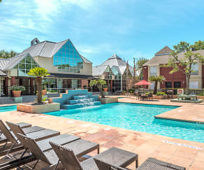 Turtle Pointe Apartments - Houston, TX - Swimming Pool with Sun Deck, Turtle Pointe Apartments