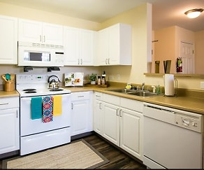 Kitchen, Spinner Place