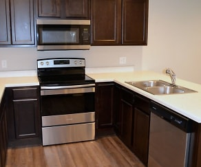 Kitchen, 303 Baldwin St