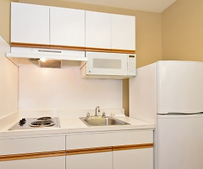 Kitchen, Furnished Studio - Raleigh - Research Triangle Park - Hwy. 55