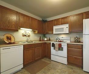 Kitchen, Blue Heron Ponds Apartments