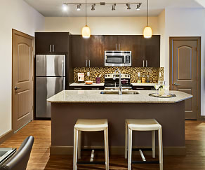 Kitchen, Grapevine Station Apartments & Cottages