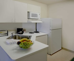 Kitchen, Furnished Studio - Des Moines - Urbandale