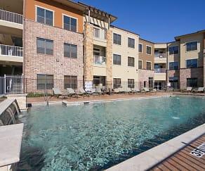 Pool, Urban Square