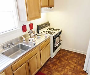 Kitchen, Washington Park Apartments