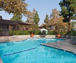 Pool, Woodbridge Pines