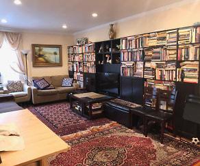 Living Room, 141-33, 78th Road