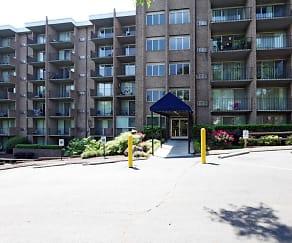 Building, University Apartments - Chapel Hill - PER BED LEASE