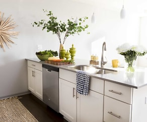 Kitchen, River Crossing