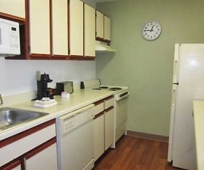 Kitchen, Furnished Studio - Austin - Metro