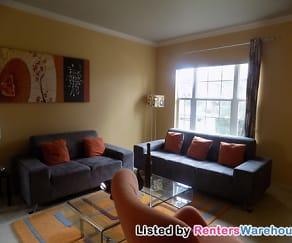 Living Room, 15017 Fernhill Dr