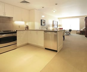 Kitchen, The Lansburgh