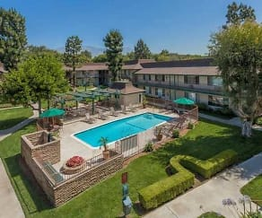 Pool, Barlow Concord