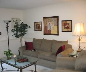 Inviting living areas, Lakewood West