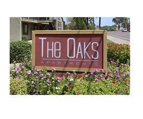 Community Signage, The Oaks