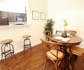 Dining Room, The Reserve at Lone Oak Apartment Homes